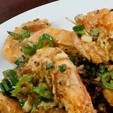 Salt and pepper shrimp at golden lake eatery
