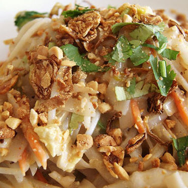 Country pad thai at Pho & Spice