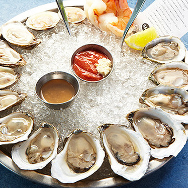 Oysters at B&G Oysters