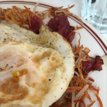 Smoked corned beef hash at Lillie's Q