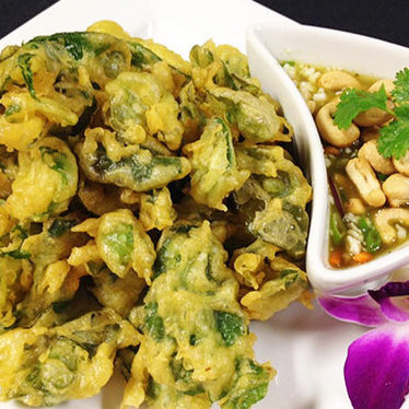 """World famous"" spinach salad at Nittaya's Secret Kitchen"