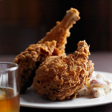 Fried chicken at Table & Main