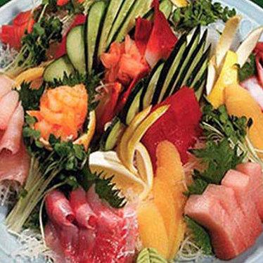 Deluxe assorted sashimi at Midori