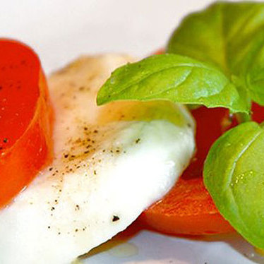 Caprese con bufala at Spacca Napoli