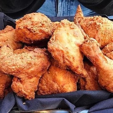 Fried chicken at Eight Bar and Patio