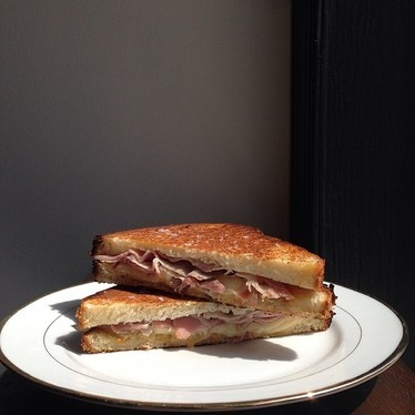 Tewksbury cheese, ham, and apricot mustard on potato bread at High Street on Market