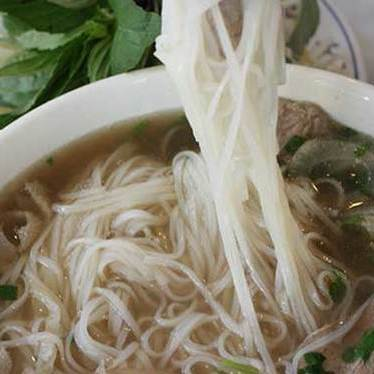 Tái nạm gần at Pho Long