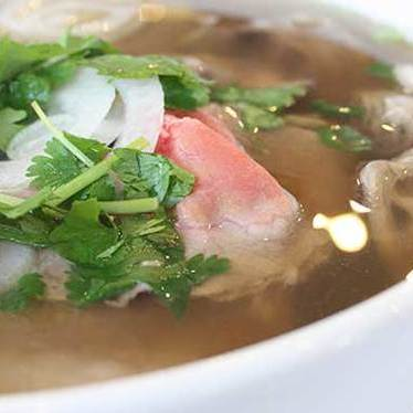 Rare beef phở noodle soup  at Pho Tien Thanh