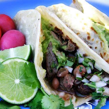 Tacos de carne asada at El Yaqui
