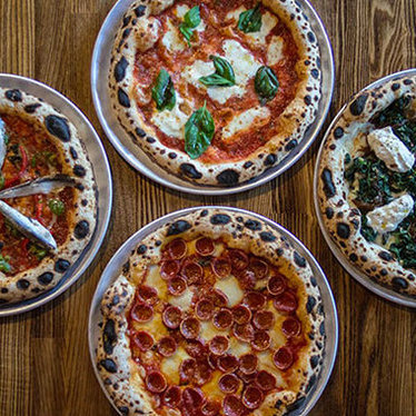 Pizza at In Riva