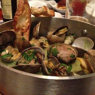 steamed clams at The Old Clam House