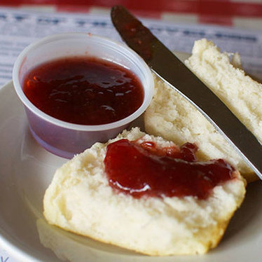 Biscuits and preserves at Loveless Cafe