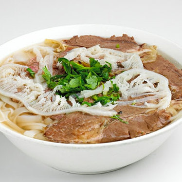 Phở bò dặc biệt at Turtle Tower Restaurant