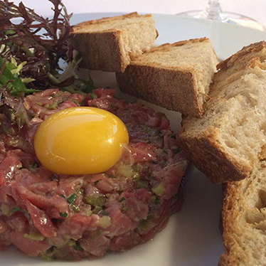 Tartare de bœuf at Angèle Restaurant & Bar