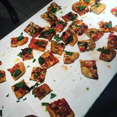 Pizza bites at Huertas