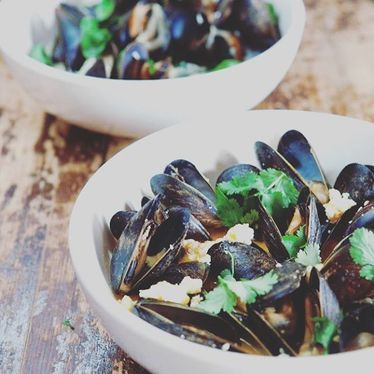 Bleu belgian-style mussel bowl at Granville Moore's