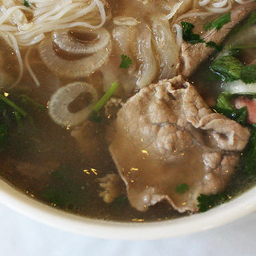 Hanoi beef noodle soup (Phở #1) at Pho 75