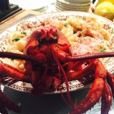 Lobster mac & cheese, 2-lb Maine lobster, four cheeses at The Hairy Lobster