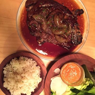 Wagyu beef with rice and salad at Liholiho Yacht Club