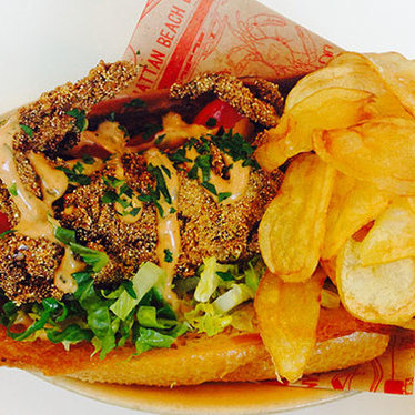 Maryland soft shell blue crab po' boy at Fishing with Dynamite