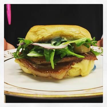 Pig Mac burger at Uniburger