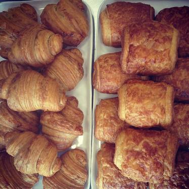 Croissant at Dozen Bakery