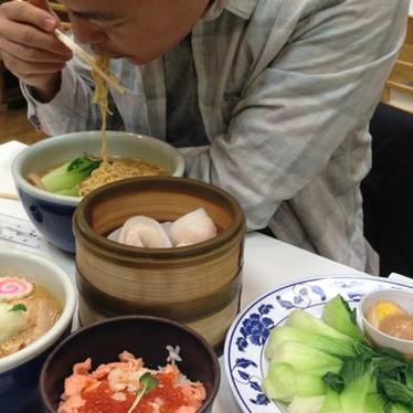 Santouka ramen and Ikura bowl with bok choy  and shumai at Mitsuwa Marketplace