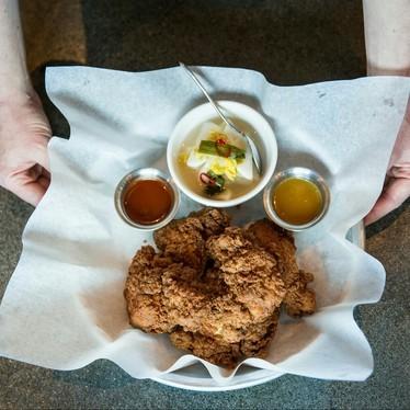Fried chicken, honey mustard, gojuchang-chili sauce, and kimchi at Ma'ono Fried Chicken & Whisky