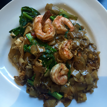 Pad see ew at Lers Ros Thai