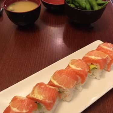 Double Hamachi Roll at Live Sushi Bistro